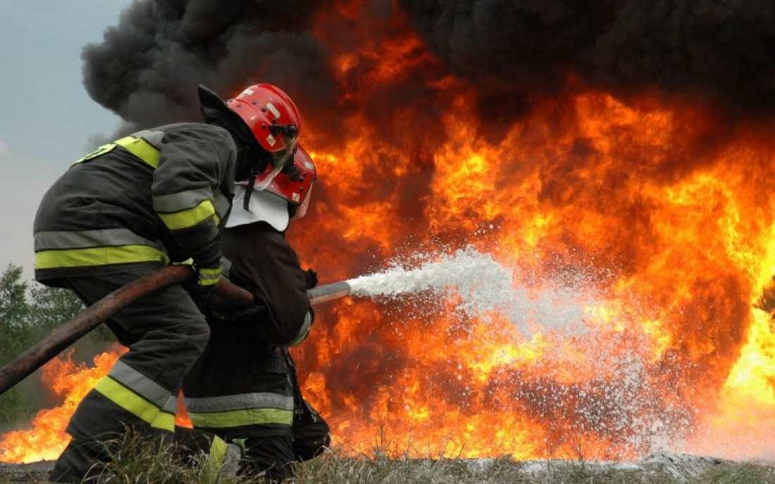 βγαίνω με έναν πυροσβέστη.